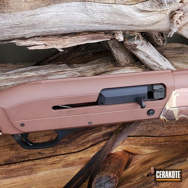 Cerakoted: S.H.O.T,Winchester,Shotgun,Graphite Black H-146,Federal Brown H-212,12 Gauge