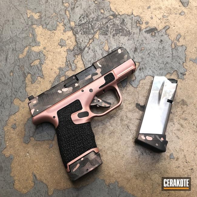 Cerakoted: S.H.O.T,PINK CHAMPAGNE H-311,Springfield Armory Hellcat,Rose Gold,Stippled,Pistol,Hand Stippled,Defkon3,Sniper Grey H-234,MultiCam,Graphite Black H-146,Camo,Springfield Armory,Hellcat,ROSE GOLD H-327,Handguns