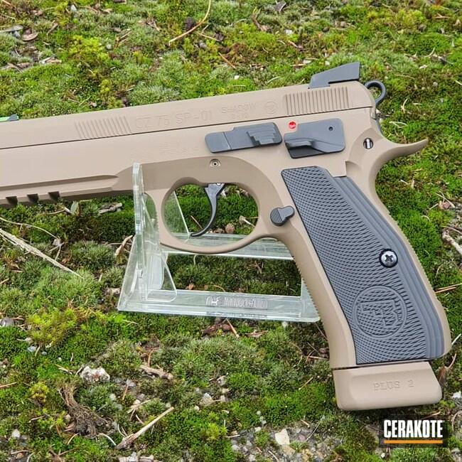 Cerakoted: S.H.O.T,9mm,CZ 75 SP-01,Graphite Black H-146,CZ,Flat Dark Earth H-265