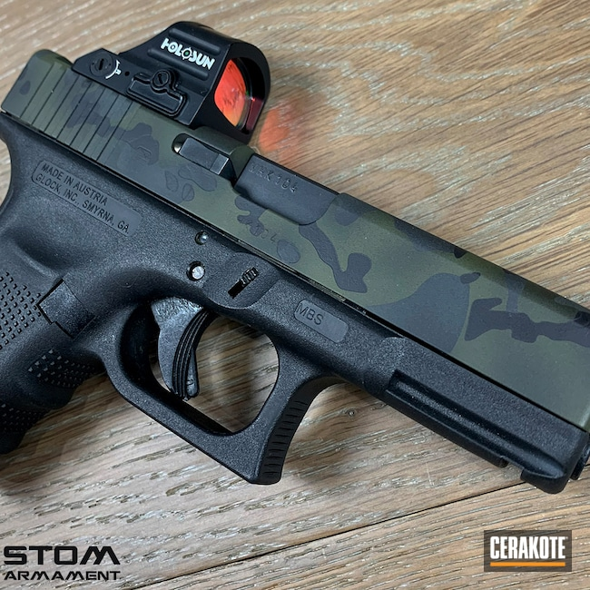 Cerakoted: S.H.O.T,Glock 19,Sniper Green H-229,Graphite Black H-146,Glock,SIG™ DARK GREY H-210,MultiCam Black