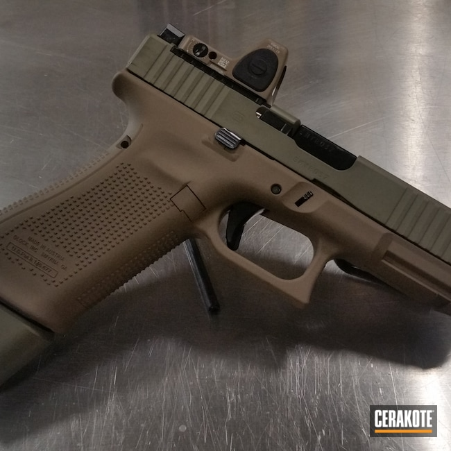 Cerakoted: S.H.O.T,Glock45,Mud Brown H-225,MULTICAM® OLIVE H-344,Glock