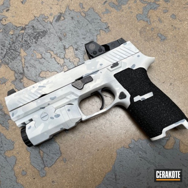 Cerakoted: S.H.O.T,Sig P320,Inforce,Stippled,Pistol,Sig Sauer,Hand Stippled,Defkon3,MULTICAM® DARK GREY H-345,Alpine MultiCam,MultiCam,Snow White H-136,BATTLESHIP GREY H-213,Handguns