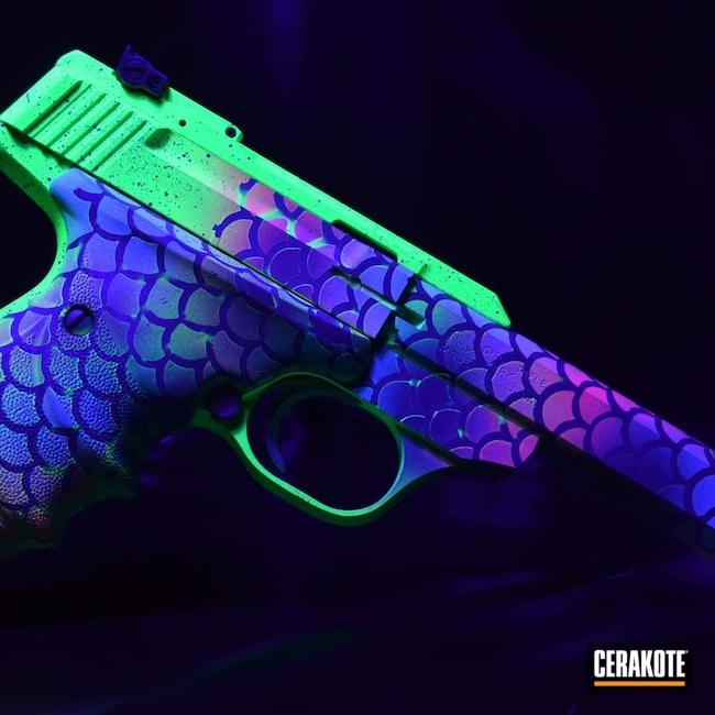 Cerakoted: S.H.O.T,PINK SHERBET H-328,Crushed Silver H-255,Browning,.22LR,BLUE RASPBERRY H-329,PARAKEET GREEN H-331,CRUSHED ORCHID H-314,buckmark,.22
