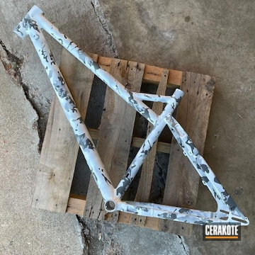 Snow Camo Bike Frame Cerakoted Using Stormtrooper White, Sig™ Dark Grey And Battleship Grey