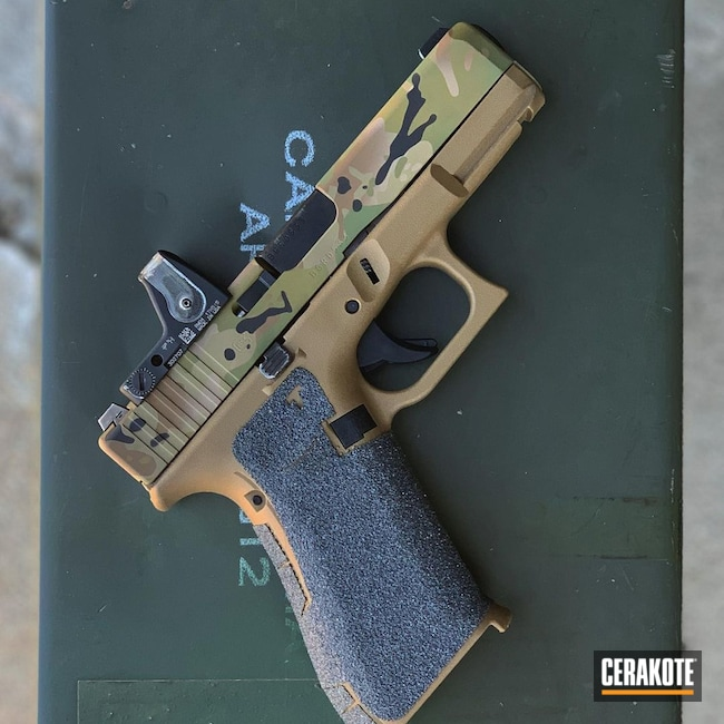 Cerakoted: S.H.O.T,MULTICAM® BRIGHT GREEN H-343,MultiCam,Graphite Black H-146,TROY® COYOTE TAN H-268,Glock,Glock 19X