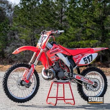 Honda Cr250r Engine Cases And Components Cerakoted Using Tungsten