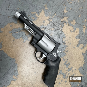 Smith & Wesson Revolver Cerakoted Using Satin Aluminum And Graphite Black