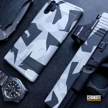 Splinter Camo Glock 19 And Phone Case Cerakoted Using Combat Grey, Snow White And Sig™ Dark Grey
