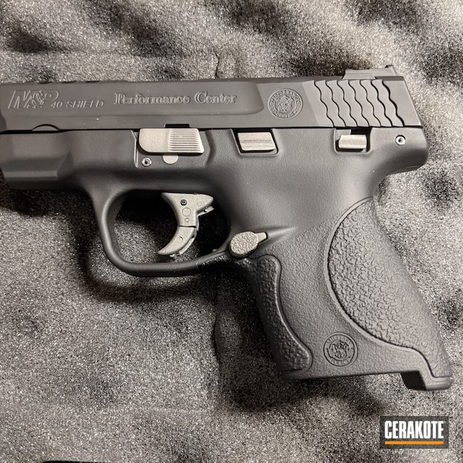 Cerakoted: S.H.O.T,Graphite Black H-146,Smith & Wesson,SAVAGE® STAINLESS H-150,Performance Center,.40,M&P Shield