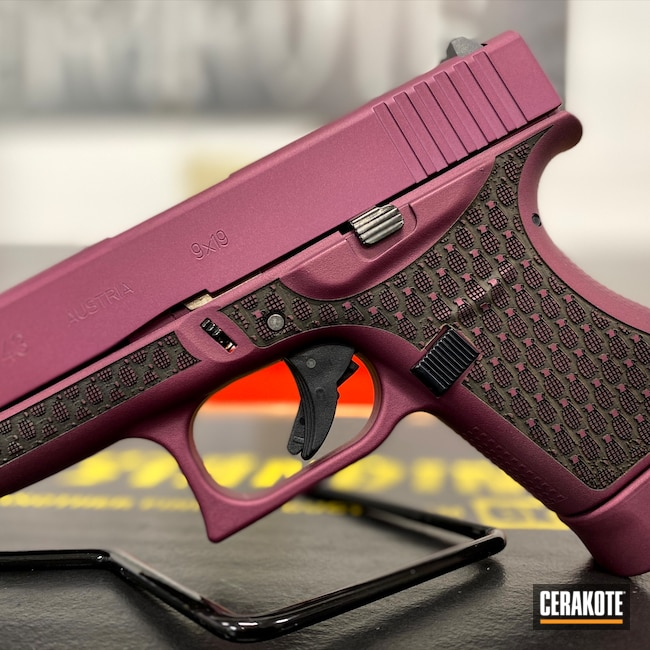 Cerakoted: S.H.O.T,9mm,Laser Stippled,BLACK CHERRY H-319,Glock,Grenade,Glock 43