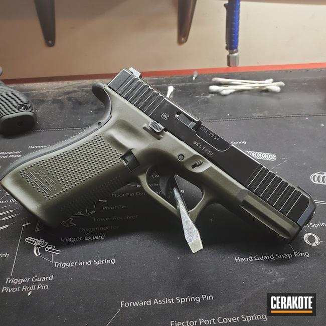 Cerakoted: S.H.O.T,9mm,Glock 45,Armor Black H-190,MAGPUL® O.D. GREEN H-232