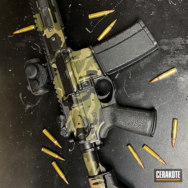Cerakoted: S.H.O.T,TROY® COYOTE TAN H-268,Armor Black H-190,Guns,MultiCam Black,5.56,Custom AR,MULTICAM® DARK GREEN H-341,AR Build