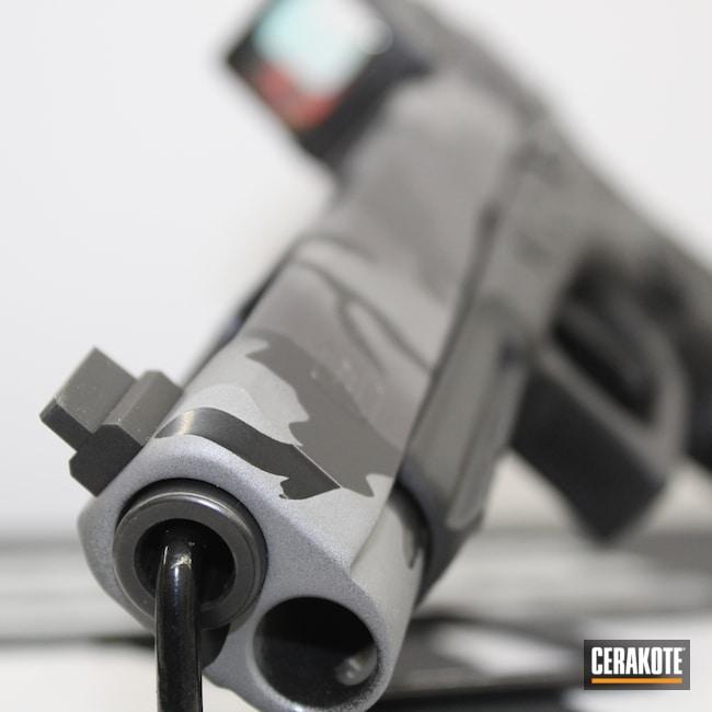Cerakoted: S.H.O.T,Long Slide 1911,BLACKOUT E-100,Pistola Taurus,Urban,Glock 34,Pistol,MultiCam Black,Handgun,Titanium E-250,G34,Glock,CARBON GREY E-240,Urban Multicam,34