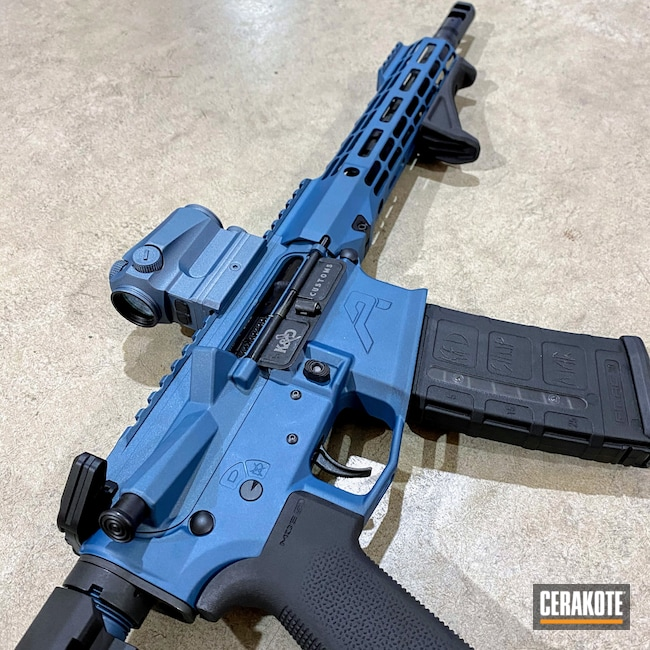 Cerakoted: S.H.O.T,Aero Precision,AR Pistol,m4e1,Blue Titanium C-189,Graphite Black H-146,Two Tone,Black and Blue,Firearms,.300 Blackout,Blue Titanium H-185