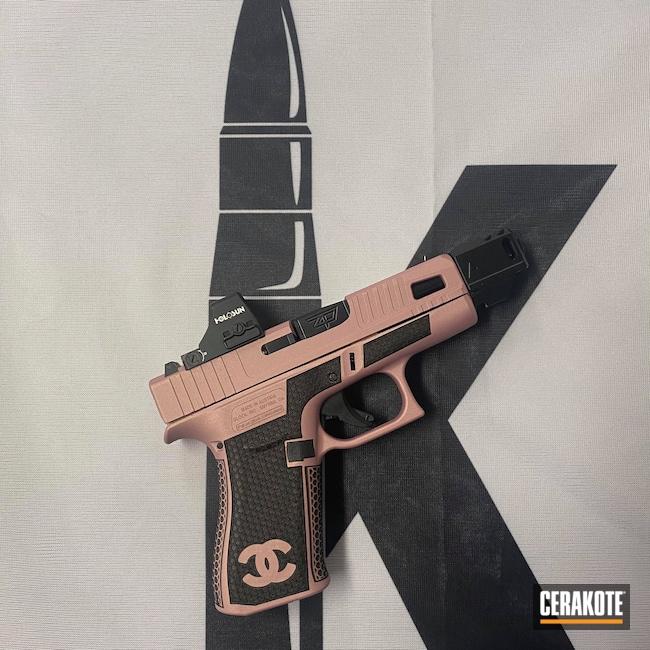 Cerakoted: S.H.O.T,PINK CHAMPAGNE H-311,Glock,43x