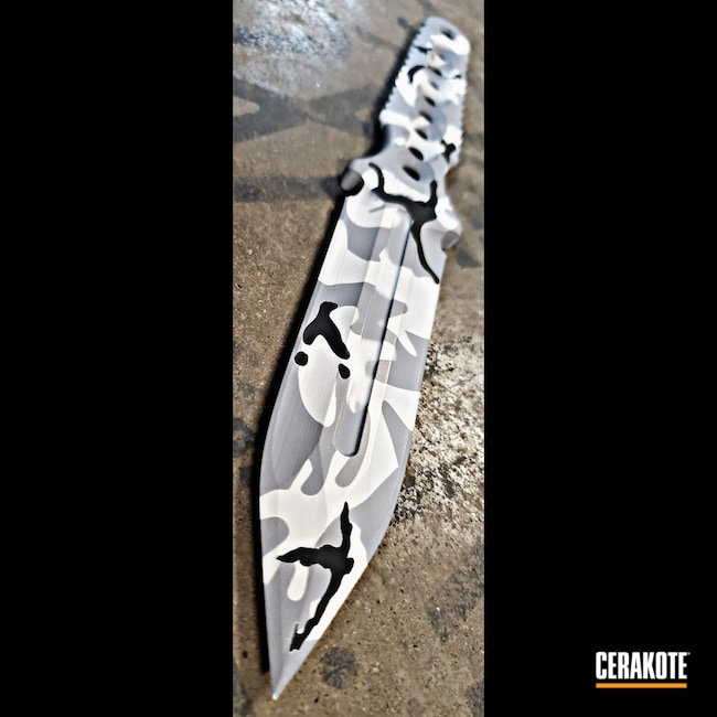 Cerakoted: S.H.O.T,Flecktarn,Camo,O.D. Green H-236,Knife,ARCLIGHT,Dagger,MULTICAM® DARK GREY H-345,OZ Bladeworks
