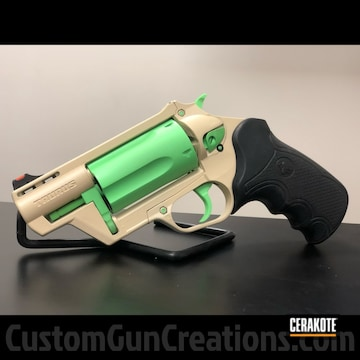Taurus Revolver Cerakoted Using Benelli® Sand And Parakeet Green