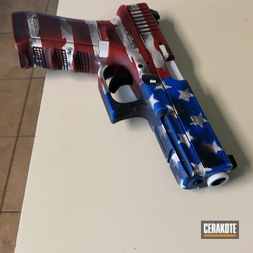 American Flag Themed Glock 22 Pistol Cerakoted Using Stormtrooper White, Nra Blue And Firehouse Red
