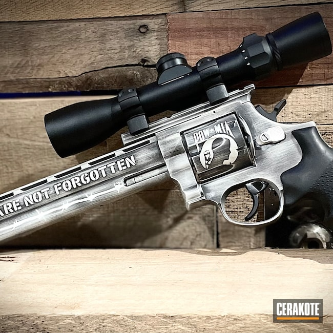 Cerakoted: S.H.O.T,.44 Magnum,Taurus Revolver,FROST H-312,Armor Black H-190,Taurus