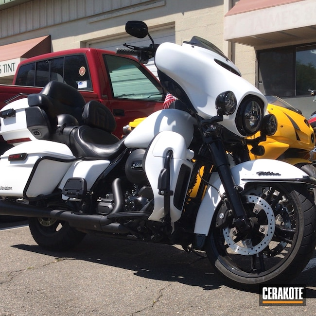 Cerakoted: S.H.O.T,Stormtrooper White H-297,Harley Davidson,StreetGlide,Motorcycle