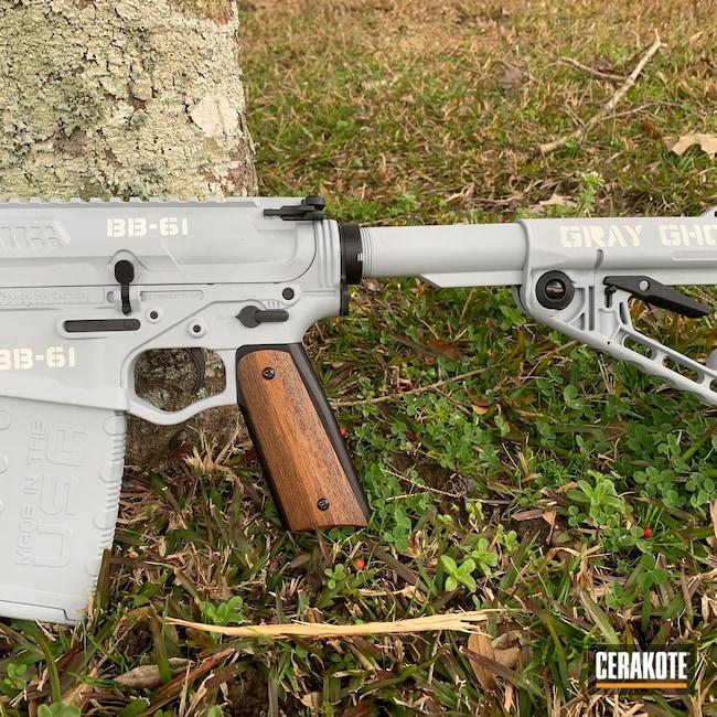 Cerakoted: Bright White H-140,S.H.O.T,BATTLESHIP GREY H-213,5.56,AR-15