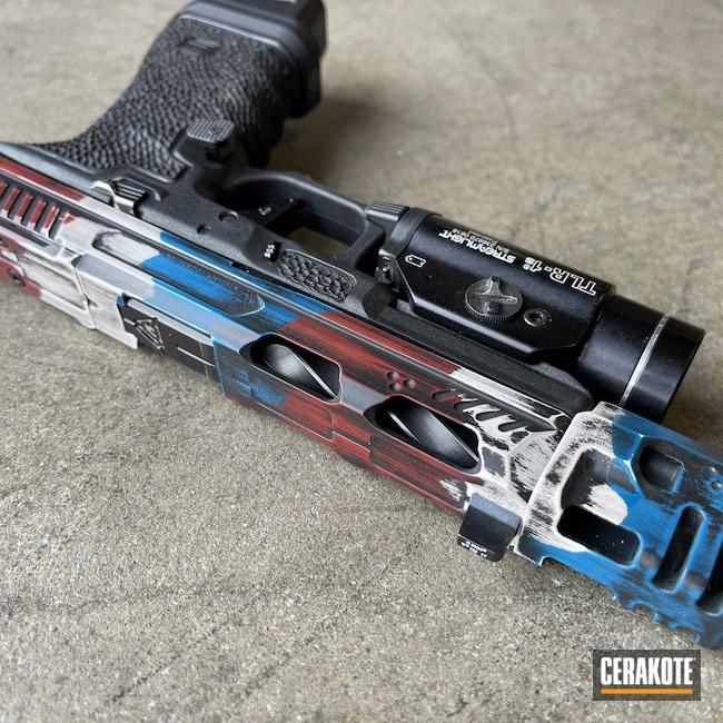 Cerakoted: S.H.O.T,9mm,Snow White H-136,Distressed,Crimson H-221,American Flag,Glock 17,Sky Blue H-169
