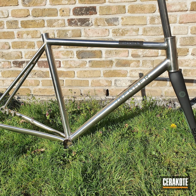 Cerakoted: S.H.O.T,Highland Green H-200,Bicycle Frame,Graphite Black H-146