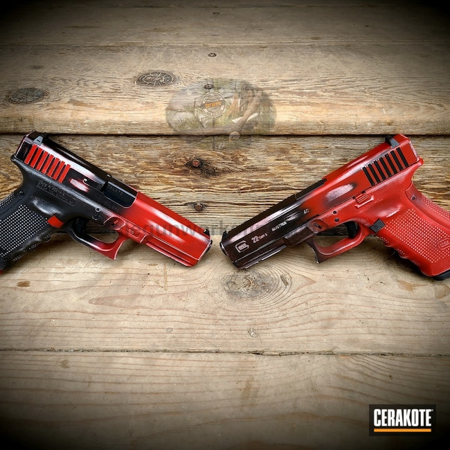 Cerakoted: S.H.O.T,Hidden White H-242,Graphite Black H-146,Distressed,Distressed Glock,Crimson H-221,Glock,Glock 17,Glock 22