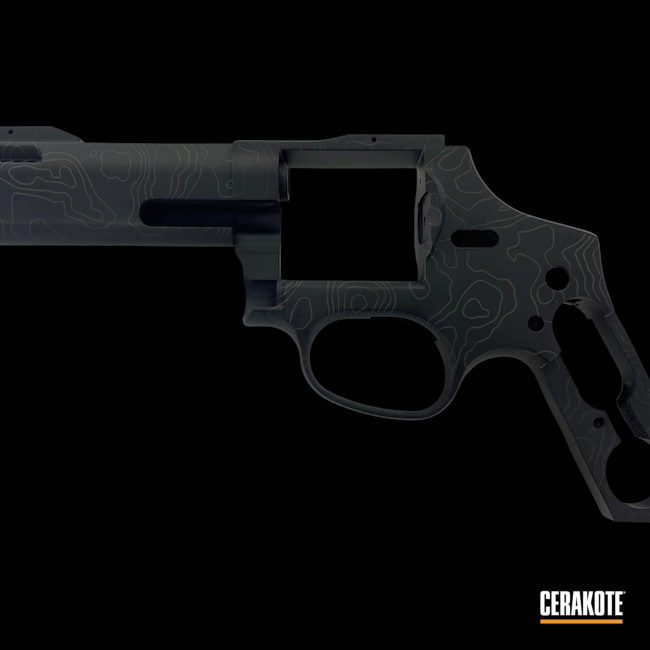 Cerakoted: S.H.O.T,.44 Magnum,Armor Black H-190,MAGPUL® O.D. GREEN H-232