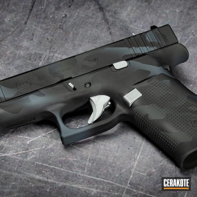 Cerakoted: Glock 48,S.H.O.T,Graphite Black H-146,Firearm,Crushed Silver H-255,Camo,Glock,Bull Shark Grey H-214,SIG™ DARK GREY H-210,Custom Camo