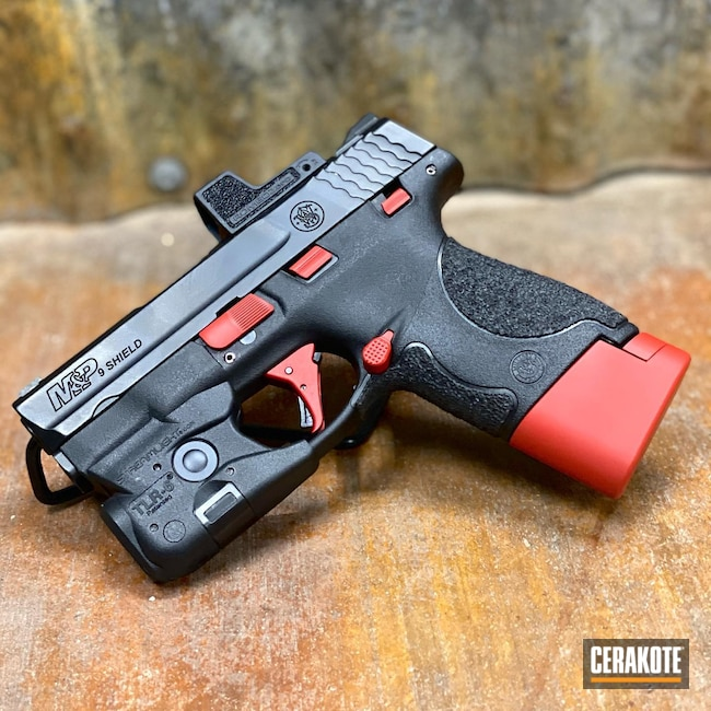 Cerakoted: S.H.O.T,FIREHOUSE RED H-216,Smith & Wesson,Shield