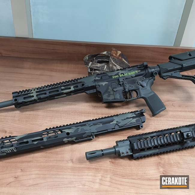 Cerakoted: S.H.O.T,HAZEL GREEN H-204,MultiCam,Zombie Green H-168,Armor Black H-190,SIG™ DARK GREY H-210,.300 Blackout,AR-15