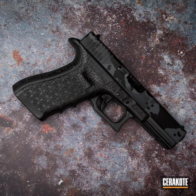 Cerakoted: S.H.O.T,Sniper Grey H-234,Armor Black H-190,Glock