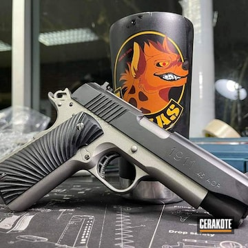 1911 Cerakoted Using Stainless And Graphite Black