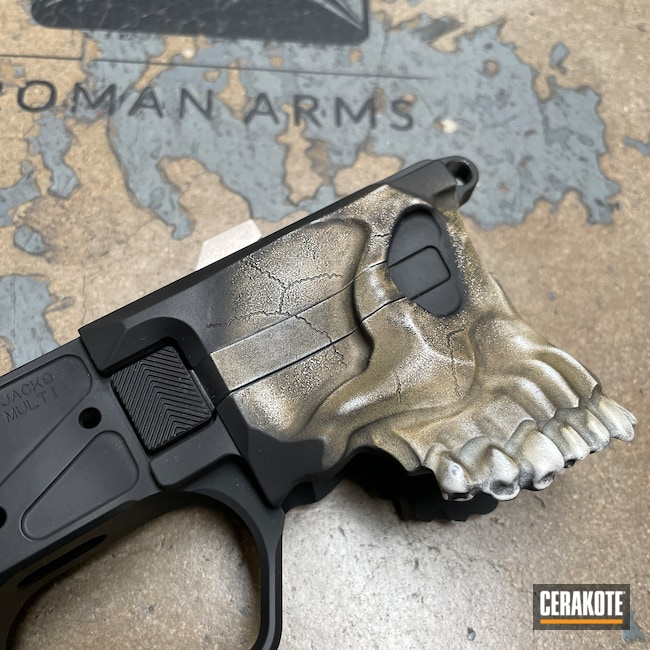 Cerakoted: S.H.O.T,9mm,Skull,MAGPUL® FLAT DARK EARTH H-267,Snow White H-136,Distressed,Ral 8000 H-8000,Sharps Brothers,Worn,Armor Black H-190,Sharps Brothers MDL The Jack,Distressed Skull