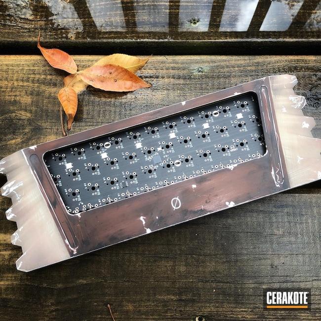 Cerakoted: Sea Blue H-172,Graphite Black H-146,Desert Sand H-199,Crushed Silver H-255,Keyboard,MULTICAM® DARK BROWN H-342,Mandalorian,Mechanical Keyboard,Star Wars