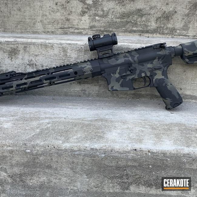 Cerakoted: S.H.O.T,HAZEL GREEN H-204,Armor Black H-190,SIG™ DARK GREY H-210,AR-15