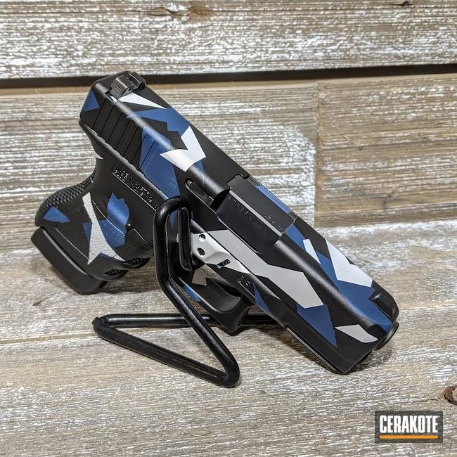 Cerakoted: Bright White H-140,S.H.O.T,Graphite Black H-146,KEL-TEC® NAVY BLUE H-127,Glock,Splinter Camo