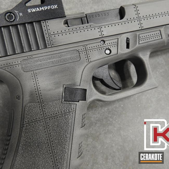 Cerakoted: S.H.O.T,Steel Grey H-139,Graphite Black H-146,Glock 34,Distressed,Glock,Shark Mouth