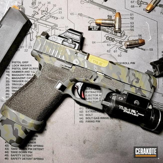Cerakoted: S.H.O.T,Glock 19,MultiCam,Sniper Green H-229,Graphite Black H-146,SIG™ DARK GREY H-210