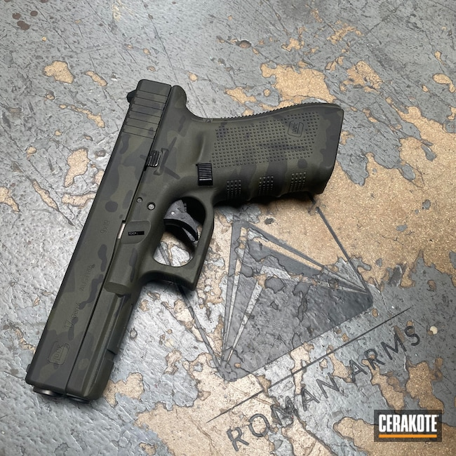 Cerakoted: S.H.O.T,Polymer Frame,Modern Camo Pattern,Everyday Carry,9x19,Pistol,Glock 17,SIG™ DARK GREY H-210,MultiCam Black,Urban Camo,EDC,Handgun,9mm,MultiCam,Sniper Green H-229,Graphite Black H-146,Camo,Glock,Handguns