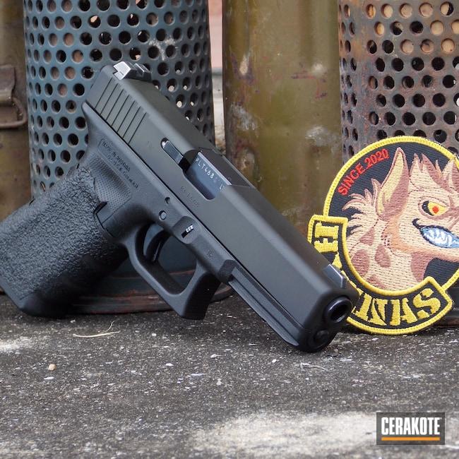 Cerakoted: S.H.O.T,Graphite Black H-146,O.D. Green H-236,Glock 17