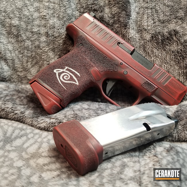 Cerakoted: S.H.O.T,Graphite Black H-146,Crimson H-221,Crushed Silver H-255,Springfield Armory,Hellcat