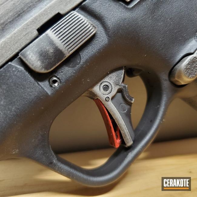 Cerakoted: S.H.O.T,Graphite Black H-146,Smith & Wesson,Titanium H-170
