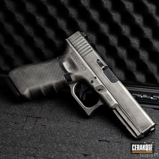 Cerakoted: S.H.O.T,Graphite Black H-146,Distressed,Distressed Glock,Crushed Silver H-255,Glock,Glock 22,.40