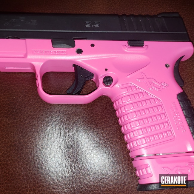 Cerakoted: S.H.O.T,9mm,Springfield Armory,Prison Pink H-141,XDS
