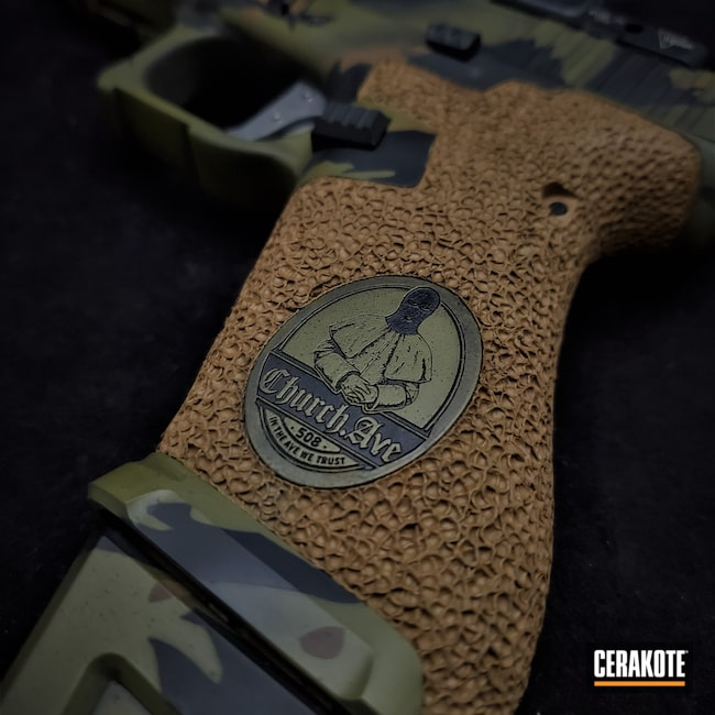 Cerakoted: S.H.O.T,9mm,Tiger Stripes,Graphite Black H-146,TROY® COYOTE TAN H-268,Noveske Bazooka Green H-189,.9,Glock 19X