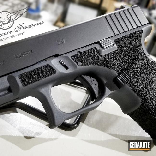 Cerakoted: S.H.O.T,Glock,PLATINUM GREY H-337
