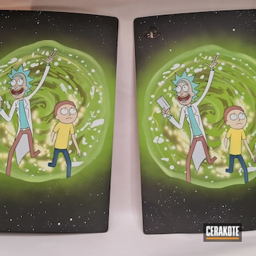 Rick & Morty Ps5 Panels Cerakoted Using Bright White, Zombie Green And Benelli® Sand