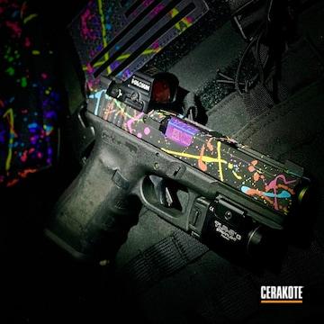 Paint Splatter Glock 17 Slide Cerakoted Using Prison Pink
